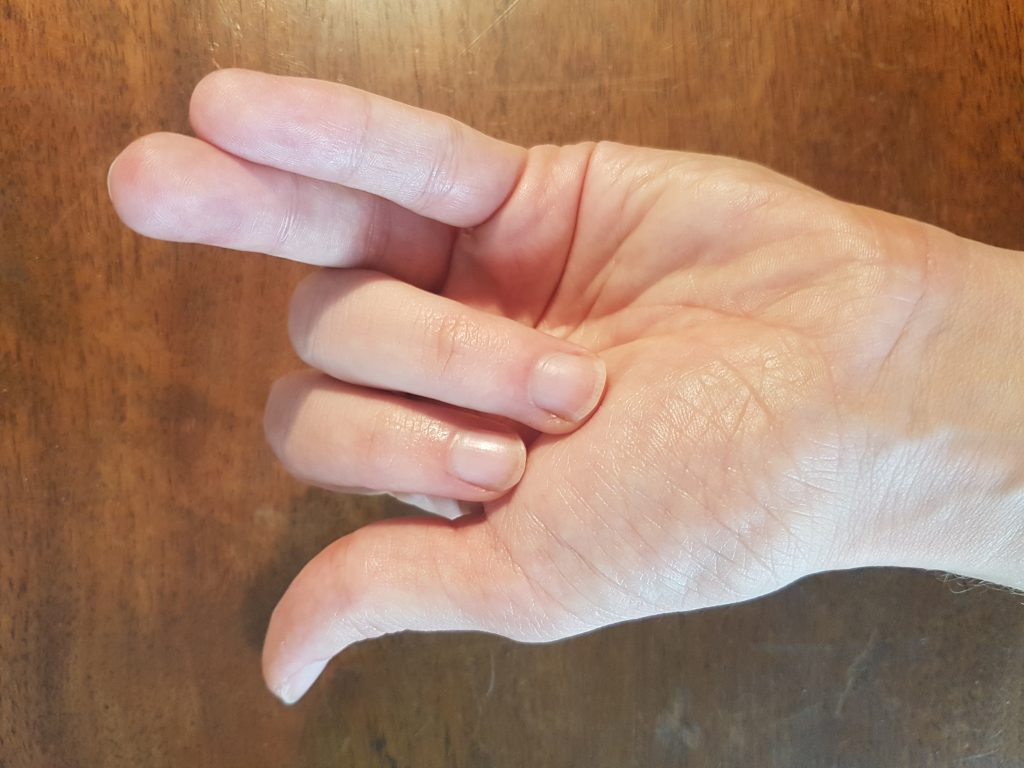 Respiration alternée main Vishnou Moudra
