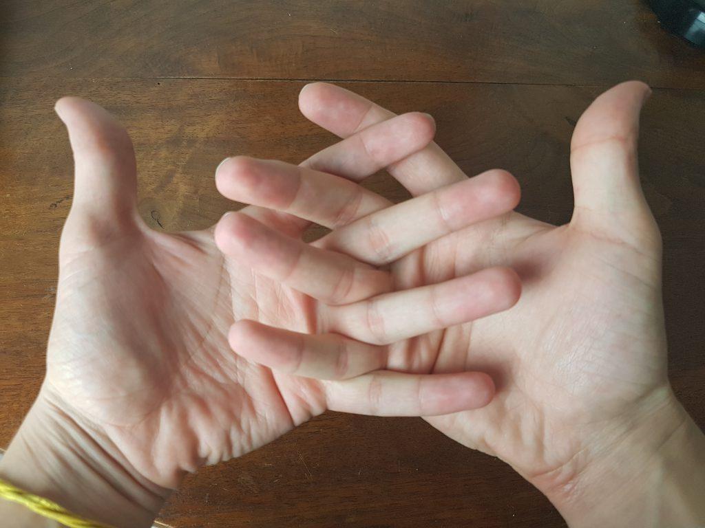 doigts croisé respiration alternée deux main
