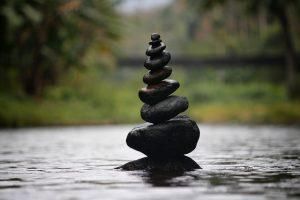 pierres en équilibres